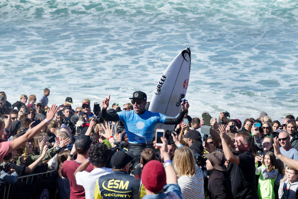 mick fanning bells beach